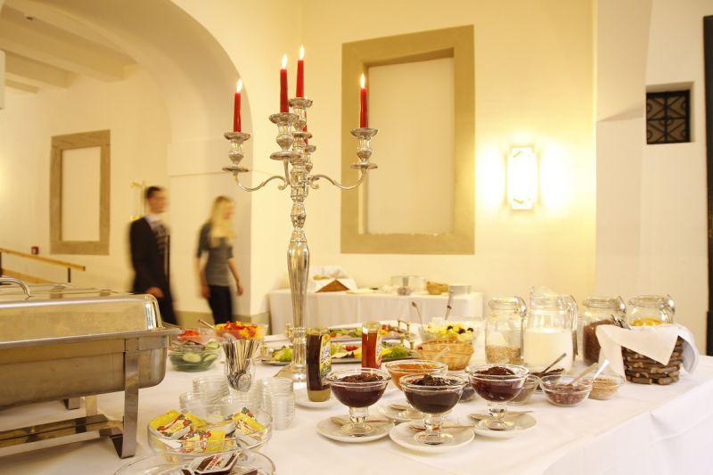 Frühstücksbuffet im Klosterhotel